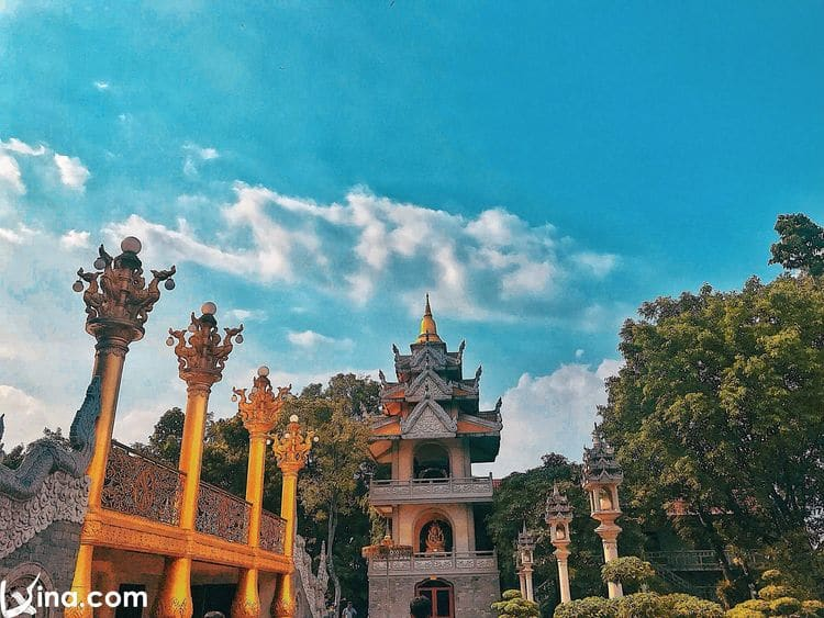 vietnam photos – buu long pagoda photos