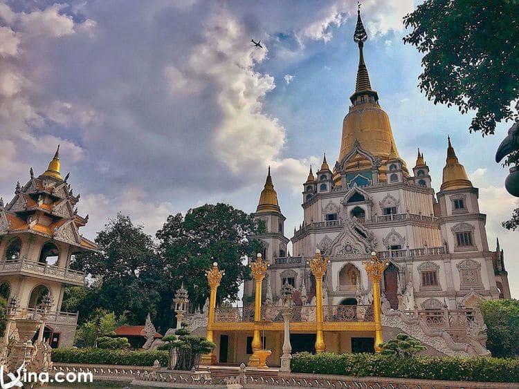 Buu Long Pagoda Photos: Architecture Of Thailand Pagoda In Ho Chi Minh, Vietnam