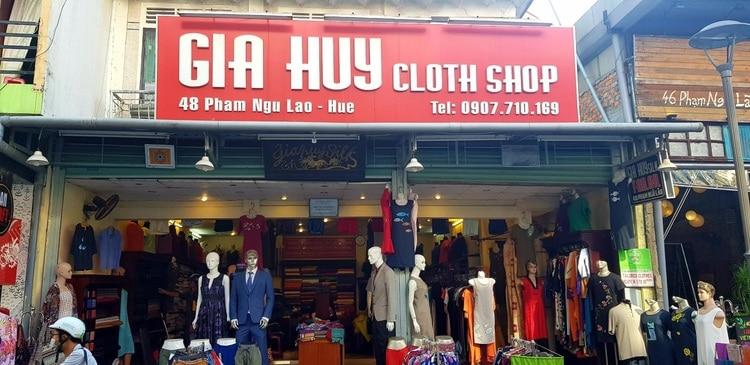 vietnam photos - shopping in hue