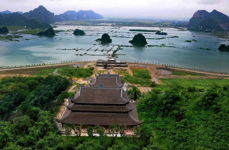 "Tam Chuc Pagoda – A Solemn Place Of ""Ha Long Bay On Land"" In Ha Nam, Vietnam"