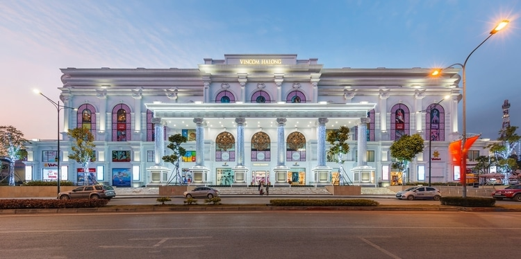 Vincom Center Halong: Modern Shopping Mall In Halong Bay, Vietnam