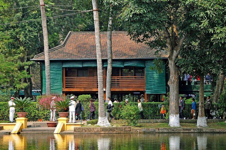 vietnam photos - presidential palace historical site