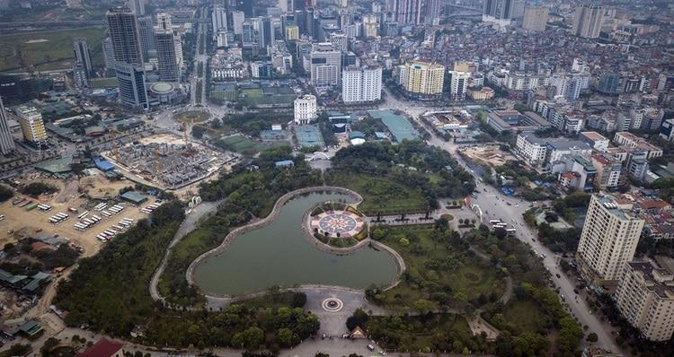 Visit Cau Giay Park – A Green Public Park In Hanoi, Vietnam