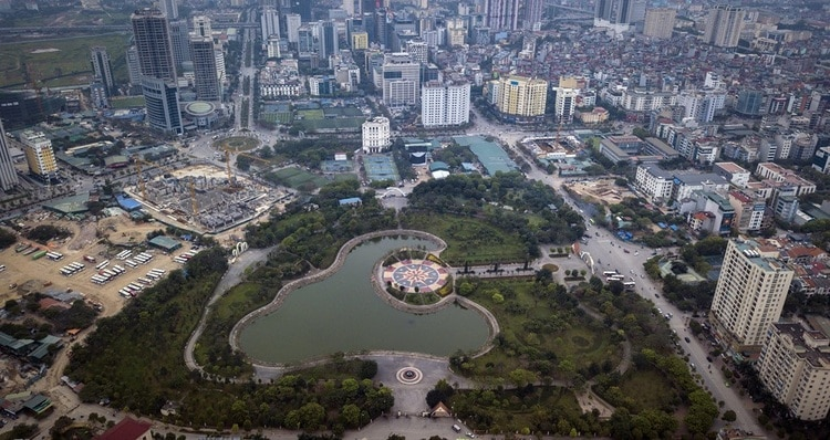 vietnam photos - cau giay park