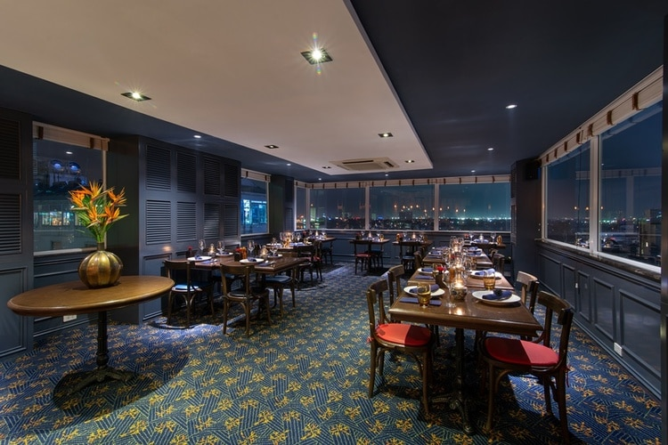 vietnam photos - hanoi restaurants with scenic views