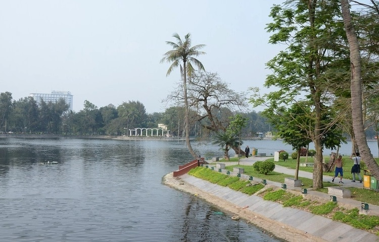 Visit Thong Nhat Parka (Lenin Park) – The Biggest Park In Hanoi, Vietnam