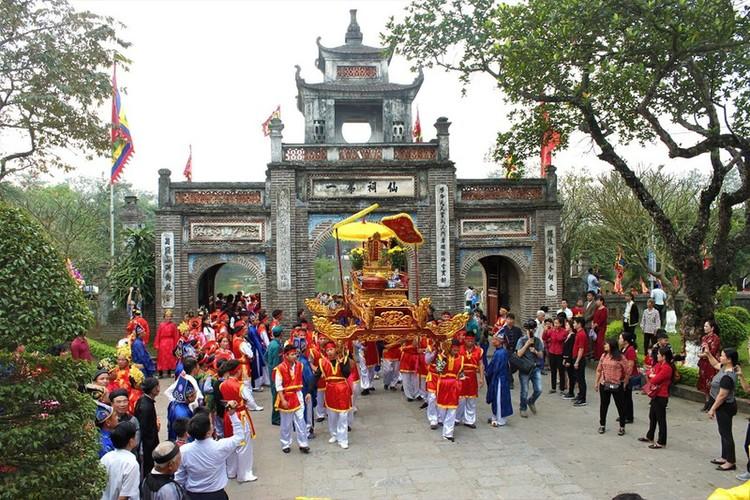 Co Loa Festival – Official Festival At An Duong Vuong Temple In Ha Noi, Vietnam