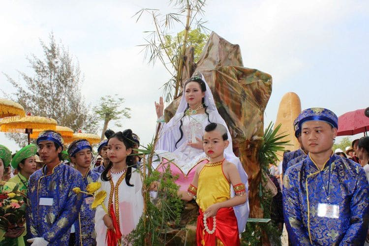 vietnam photos - guan yin festival