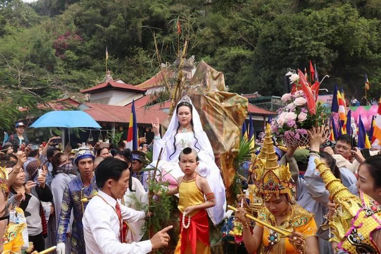 Guan Yin Festival – Traditional Festival In Da Nang, Vietnam