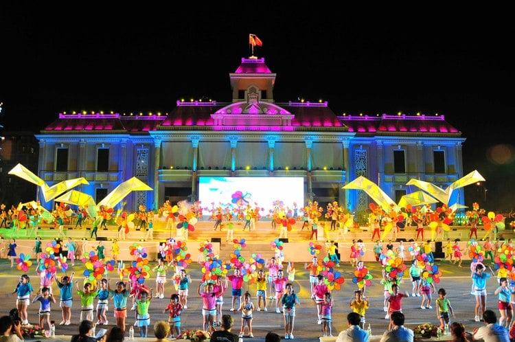 vietnam photos - nha trang sea festival