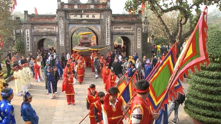 vietnam photos - co loa festival