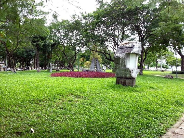 vietnam photos - 3 february park