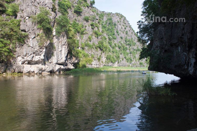 vietnam photos - what is the best time to visit tam coc