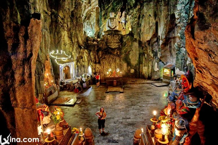 vietnam photos - huyen khong cave photos
