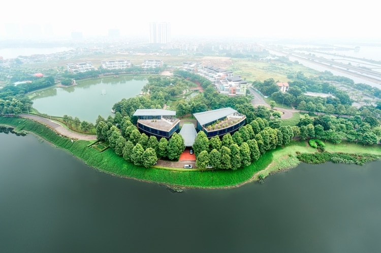 Must-Do Activities In Yen So Park – The Largest Urban Park In Hanoi, Vietnam