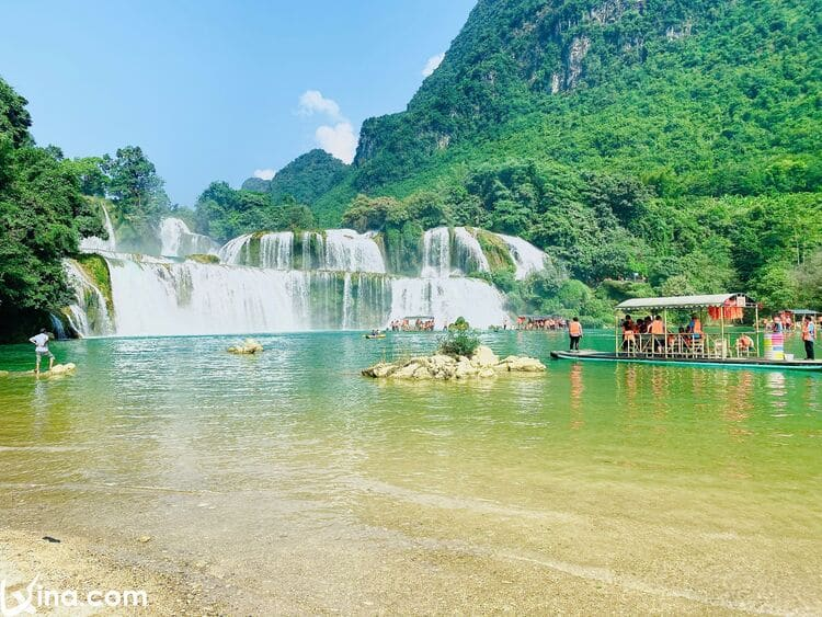 vietnam photos - beautiful ban gioc waterfall photos