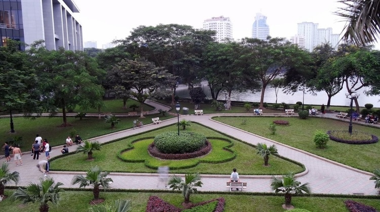 Indira Gandhi Park – Pleasant Open Space In Hanoi