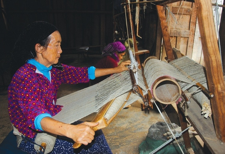 Lung Tam Linen Weaving Village In Ha Giang, Vietnam