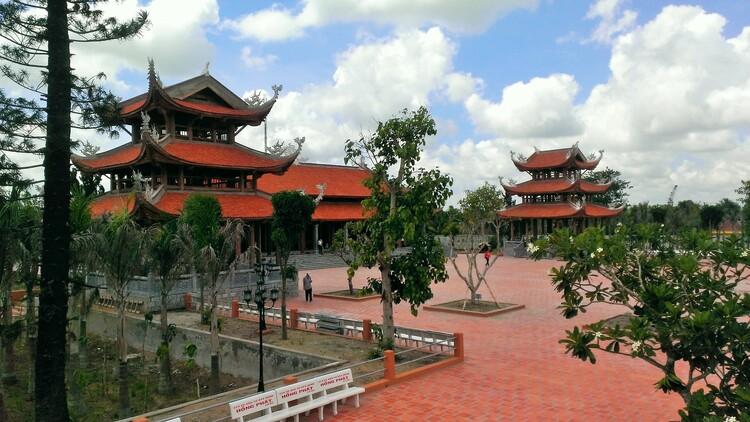 vietnam photos - truc lam phuong nam monastery