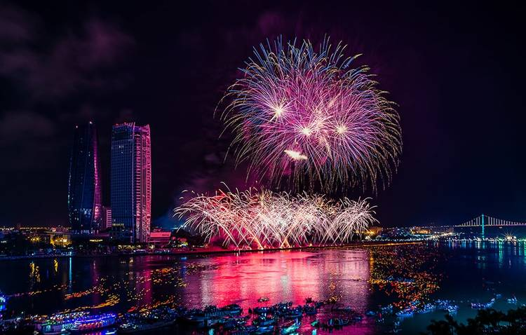 vietnam photos - da nang international fireworks festival