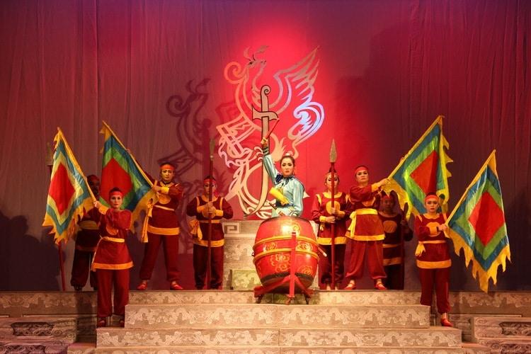 vietnam photos - nguyen hien dinh tuong theatre