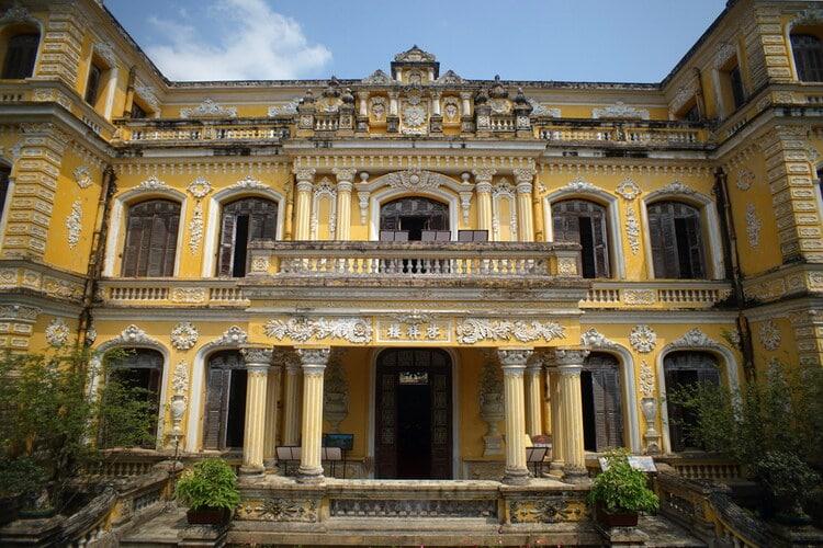 vietnam photos - an dinh palace
