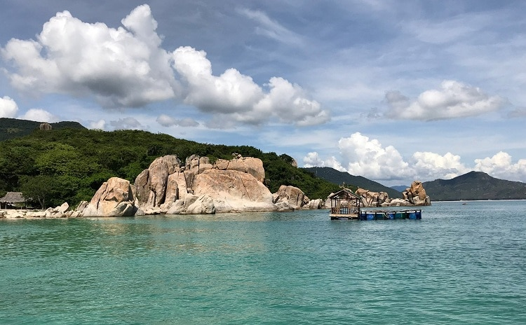 Binh Hung Tourism – The Call Of Sunshine And Ocean In Nha Trang, Vietnam