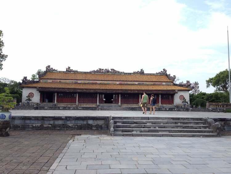 vietnam photos - thai hoa palace