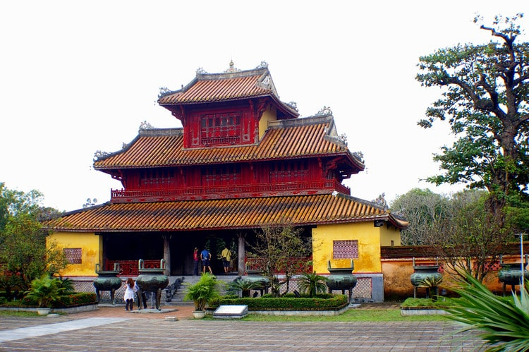 Hien Lam Pavilion: Architectural Pinnacle Among The Monument Complex Of Hue Imperial Capital