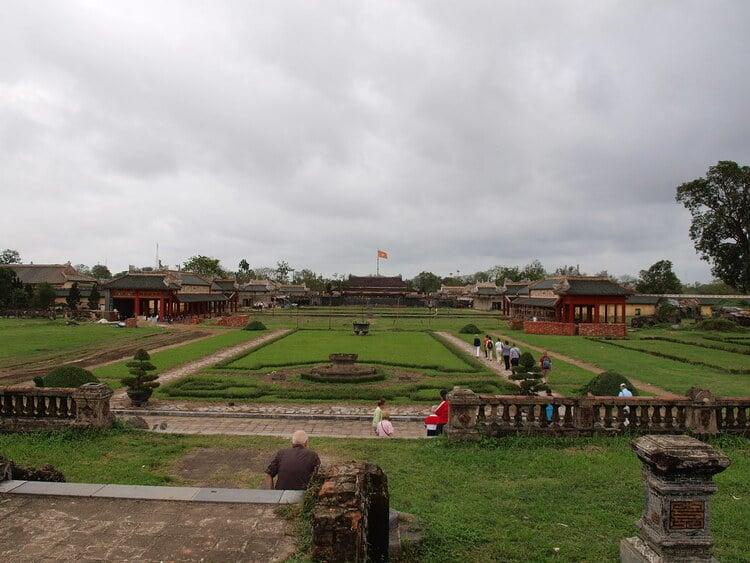 vietnam photos - can chanh palace
