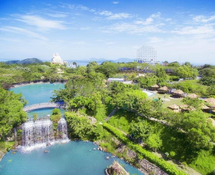 vietnam photos - may lake