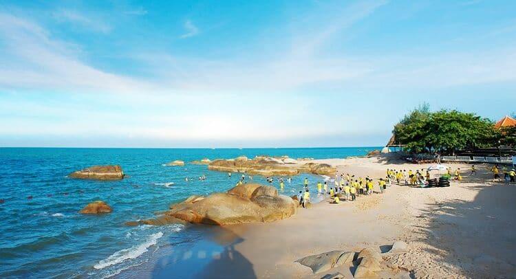 vietnam photos - long hai beach