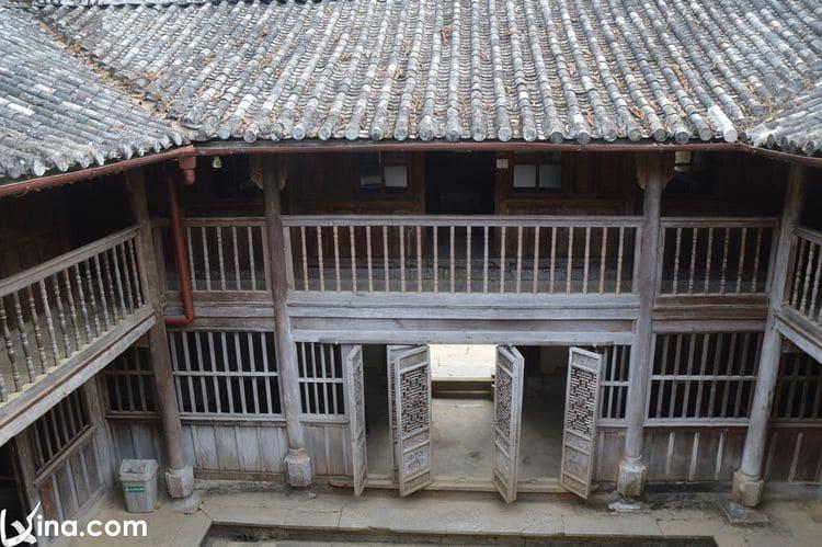 vietnam photos - mansion of the vuong family