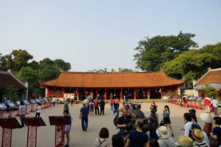 vietnam photos - temple of literature