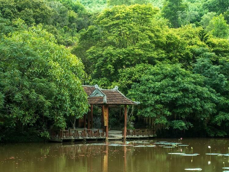 vietnam photos - huyen khong son thuong pagoda