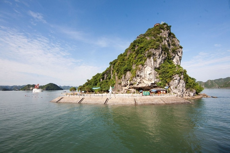 Explore The Beauty Of Ti Top Island In Halong Bay, Vietnam