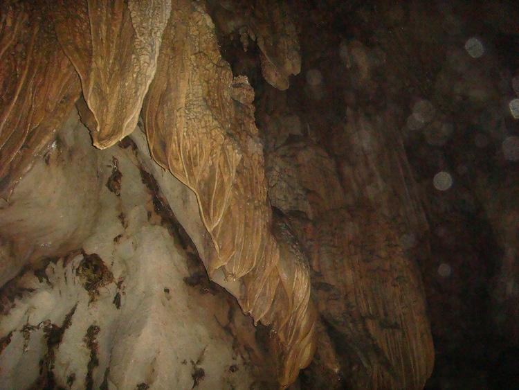 vietnam photos - trung trang cave