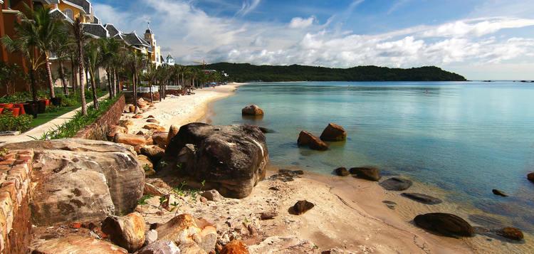 bai khem beach in phu quoc