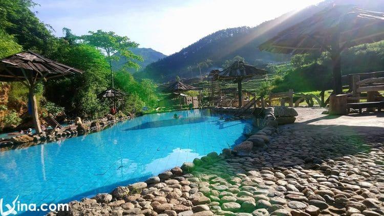 vietnam photos - tram tau hot spring photos