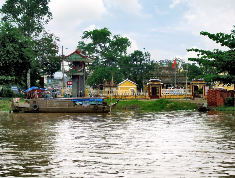 Explore Ancient Charms Of Can Tho In  Binh Thuy Communal Temple