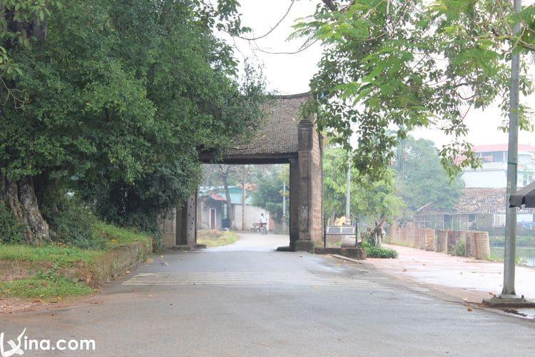 Vietnam Travel – Duong Lam Ancient Village Photos In Hanoi
