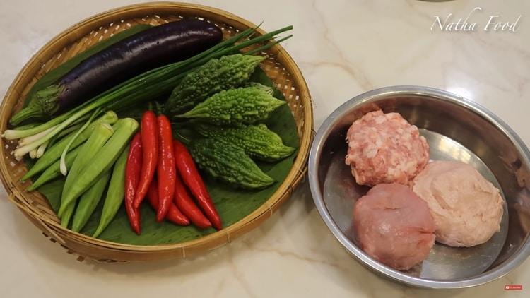 vietnamese stuffed bitter melon