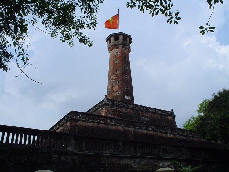 hanoi flag tower in vietnam