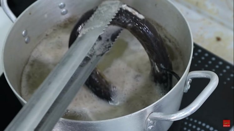 rich nutritious vietnamese eel cellophane noodles recipe