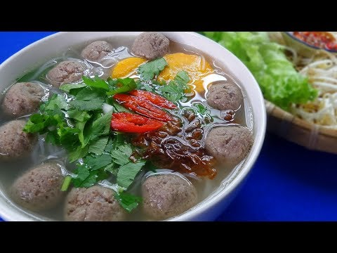 Delicious Vietnamese Rice Noodles with Beef Meatballs Recipe