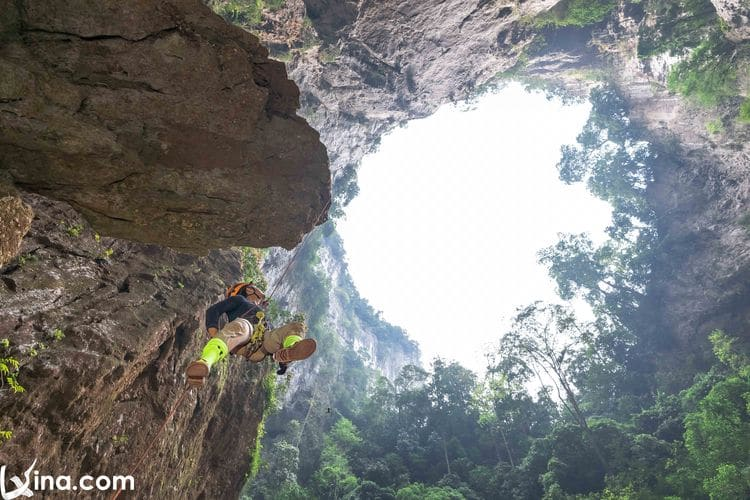 vietnam photos - photos of cave system in quang binh