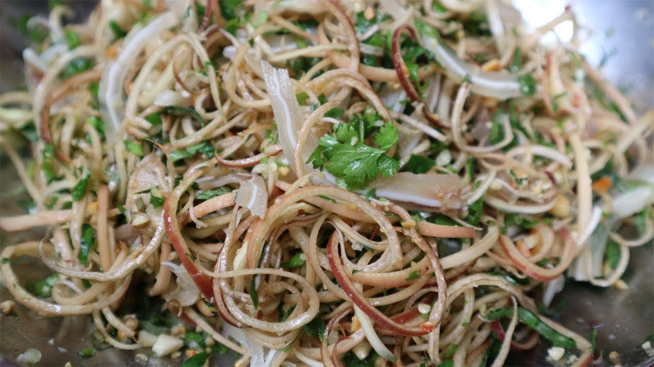 Delicious Vietnamese Banana Flower Pig Ear Salad Recipe You Should Try