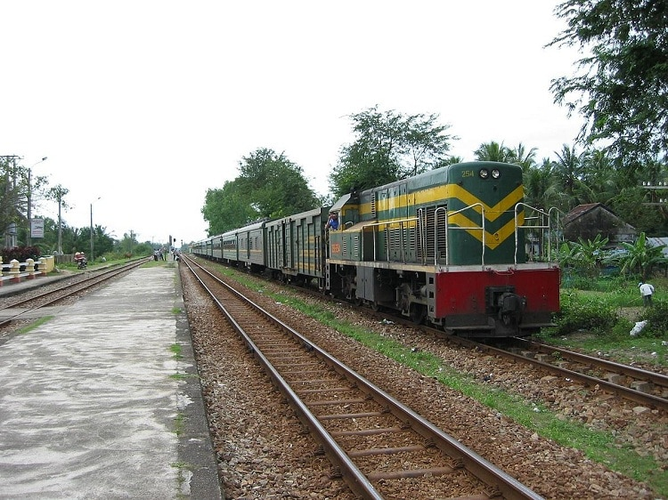 Northern Vietnam Train Services Suspended For Lack Of Passengers