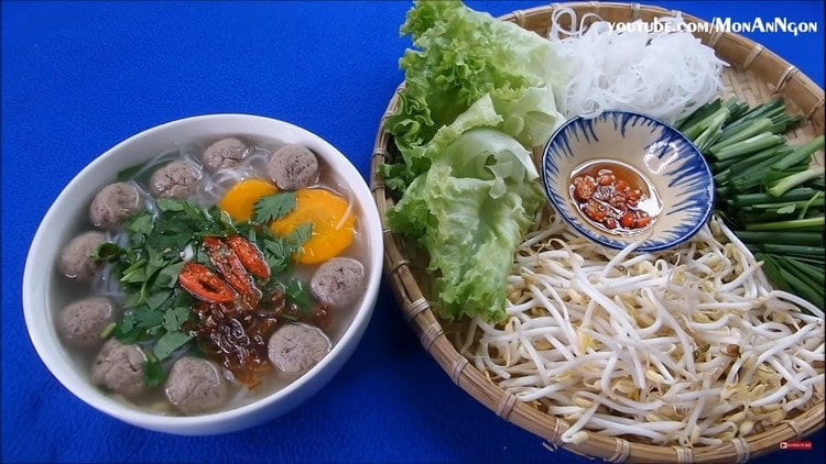 vietnamese rice noodles with beef meatballs recipe